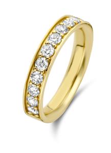 Diamond Point Wedding ring in 14 karat yellow gold