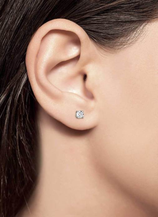 Diamond Point Groeibriljant stud earrings in 18 karat white gold, 0.46 ct.