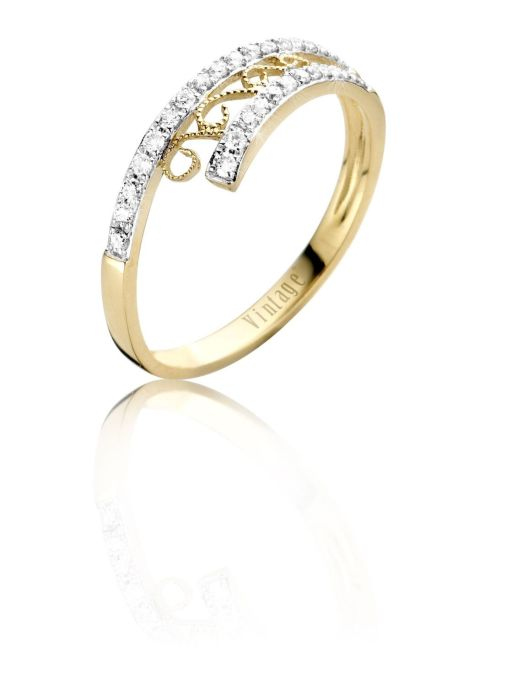 Diamond Point Since 1904 ring in 14 karat yellow gold