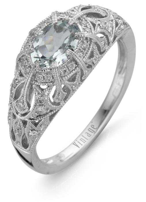 Diamond Point Witgouden ring, 0.65 ct aquamarijn, Since 1904