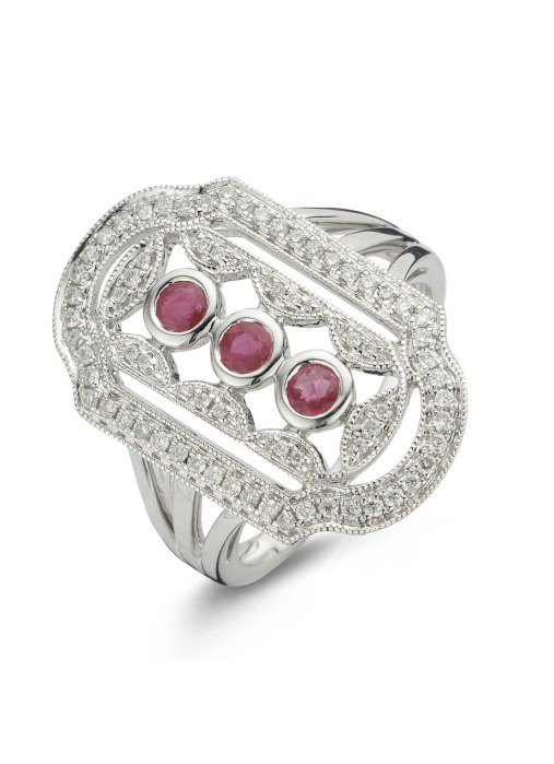 Diamond Point Since 1904 ring in 18 karat white gold