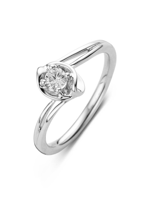 Diamond Point Solitair ring in 14 karat white gold
