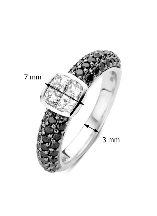 Diamond Point Fourever ring in 14 karat white gold
