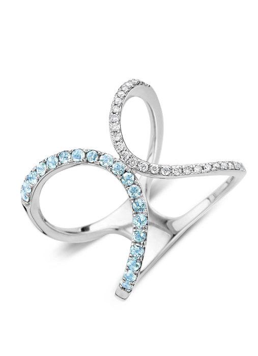 Diamond Point Like a star ring in 14 karat white gold