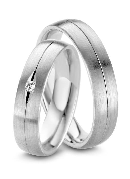 Diamond Point Wedding ring in 18 karat white gold