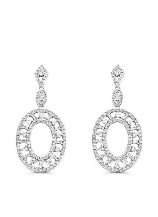 Diamond Point Prestige earrings in 14 karat white gold