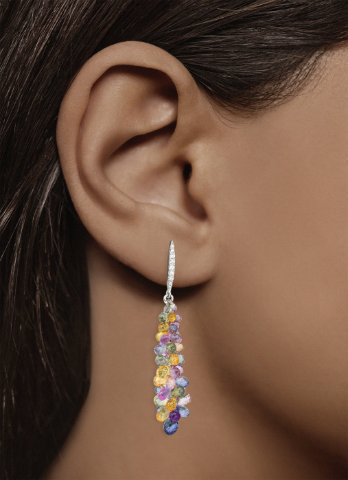 Diamond Point Prestige earrings in 18 karat white gold