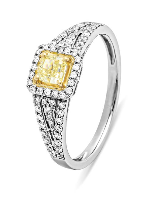 Diamond Point Daisy ring limited 50 Christmas collection